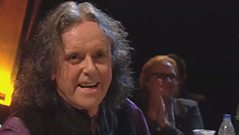 Donovan chats to Jools Holland