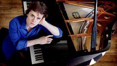 SoloCam: Liszt's Piano Concerto No. 2