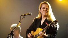Mary Chapin Carpenter - Interview with Mike Harding