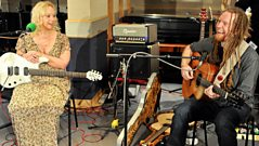 Guitars with Newton Faulkner, Chantel McGregor and Aziz Ibrahim (Highlights)