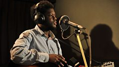 Michael Kiwanuka - Interview with Fearne Cotton