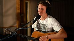 Ben Howard - Interview with Fearne Cotton