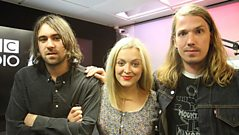 The Vaccines chat to Fearne