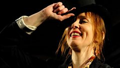 Suzanne Vega interview with Tom Robinson