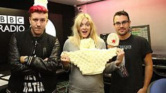 The Blackout Join Fearne in the Studio