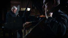 The London Sinfonietta play Louange à l'Éternité de Jésus by Olivier Messiaen