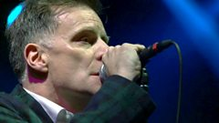 Deacon Blue - Fergus Sings The Blues live at Stirling Castle