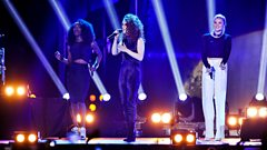 Clean Bandit feat. Jess Glynne - Mozart's House / Rather Be at BBC Music Awards 2014