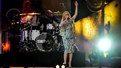 Paloma Faith - Only Love Can Hurt Like This / Changing (feat. Sigma) at BBC Music Awards 2014