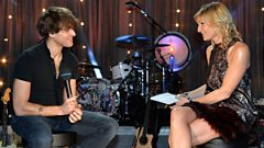 Paolo Nutini chats to Jo Whiley and answers your questions!