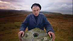 Michael Marra performs with Martyn Bennett on ArtWorks Scotland