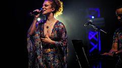 Jess Glynne