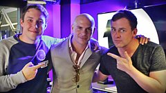 Pitbull chats to Scott and Chris!