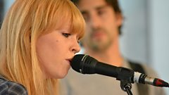 Lucy Rose - Shiver (The Quay Sessions)