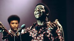 Al Green is inducted into the Singers Hall of Fame on Sunday Night with Michael Ball