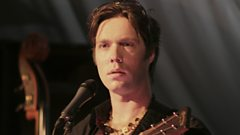 Rufus Wainwright is inducted into the Singers Hall of Fame