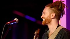 Newton Faulkner - Far To Fall (The Quay Sessions)