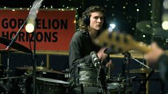 Mellt - BBC Maida Vale Studios - 'Sai'n Becso'