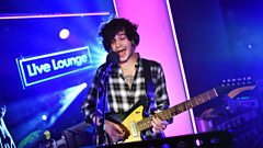 Live Lounge - The 1975