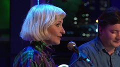 Red Sky July - Walking Country Song (The Quay Sessions)