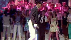 """Shalamar on doing the Moonwalk on Top Of The Pops - """"They couldn't work out how i was doing it"""""""