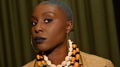 Laura Mvula wants to snog Chris Martin