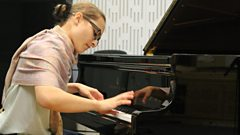 Anna Tsybuleva performs Liszt live on In Tune