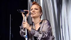 Jess Glynne - Take Me Home (T in the Park 2016)