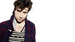 Image for Nick Grimshaw sits in for Scott