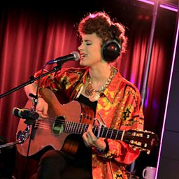 Giant In My Heart (Radio 1 Live Lounge, 9 Sep 2014)
