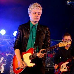 Aces (Radio 1's Big Weekend 2015)