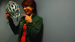 Kathy Lette Cycles in and talks about Quick Reads