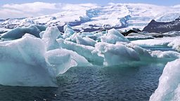 Photo: Iceberg lagoon