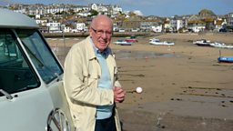 Photo: Richard Wilson on the beach at St. Ives
