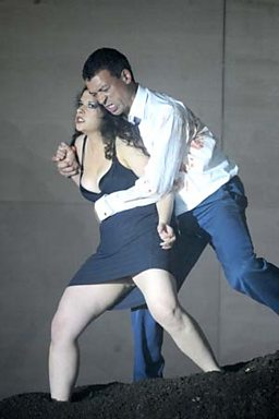 Roderick Williams as Pollux and Laura Tatulescu as Phébé