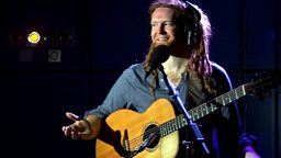 Newton Faulkner Session and Chat