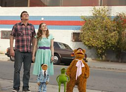 REVIEW OF THE MUPPETS - Claudia's film of the week