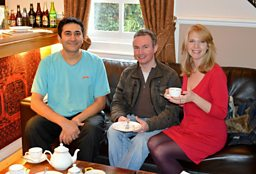 Ryan and Vicki have a cuppa in Dorrington