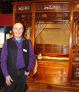 THE TOUR GUIDE'S GUIDE TO ART - DURHAM UNIVERSITY'S ORIENTAL MUSEUM