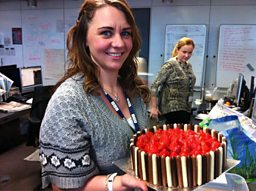 Vicki bakes a cake - a nice &quot;looking&quot; cake!