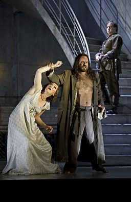 Angela Denoke as Salome & Johan Reuter as Jokanaan (in the background: Alan Ewing as Second Soldier)