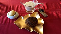 Figgy Apple Christmas Pudding
