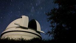 "Nasa spacecraft speeds past Pluto 美国宇航局""新视野号""飞掠冥王星"