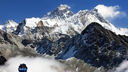 Nepal considers Everest restrictions 尼泊尔考虑对登山者年龄设限