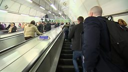 Antibiotics and escalator etiquette 美国人过多使用抗生素,伦敦地铁扶梯礼仪