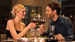Wine and dine 设酒宴招待