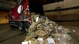 Britain's food waste problem 英国的食物浪费问题