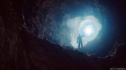 "'World's longest cave' discovered 墨西哥潜水团队发现""世界最长""水下洞穴"