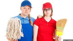 Should schoolchildren have jobs? 中小学生应做兼职工作吗?