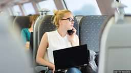 Emails while commuting 'should count  as work' 通勤时间查邮件应算入上班时间